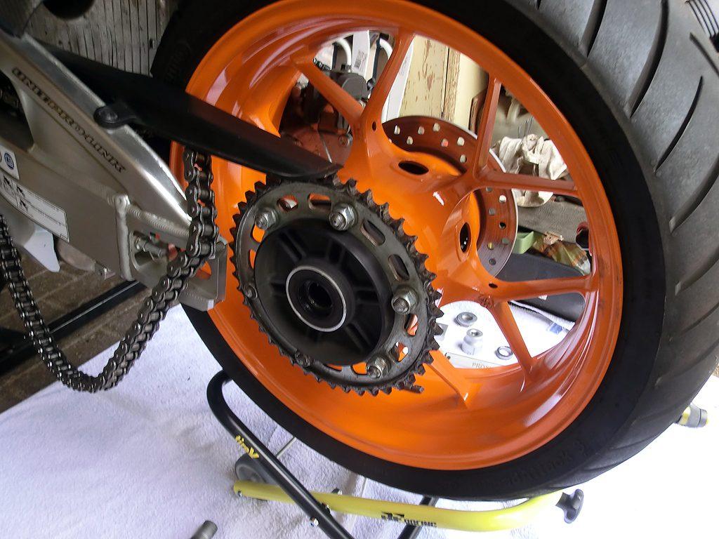 Nach der Demontage verbleibt das Rad in der korrekten Position...